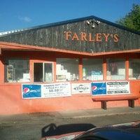 Photo taken at Farleys by Rick W. on 6/26/2012
