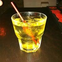 รูปภาพถ่ายที่ Relic Bar โดย Gustavo V. เมื่อ 3/30/2012