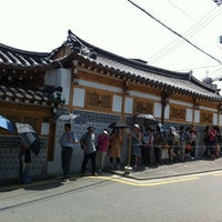 Photo taken at Tosokchon Samgaetang by J. L. on 7/26/2012
