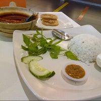 Photo taken at RASA Food Arena (Medan Selera) by ieman O. on 7/26/2012
