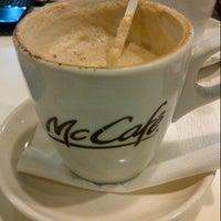 Photo taken at McDonald's / McCafé by Soraya S. on 8/3/2012