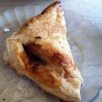 รูปภาพถ่ายที่ Fiore Italian Bakery โดย Gail R. เมื่อ 8/6/2012