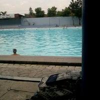 Photo taken at kolam renang Tirta Bhirawa Kopassus by tertiera a. on 3/14/2012