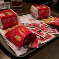 Foto tirada no(a) McDonald's por Túlio S. em 9/2/2012