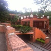Foto tomada en UNAB por Jorge D. el 3/24/2012