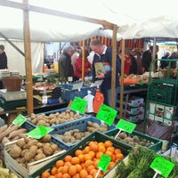 Das Foto wurde bei Wochenmarkt Winterfeldtplatz von Stephan F. am 4/21/2012 aufgenommen