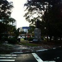 Das Foto wurde bei Praça Dom Gastão Liberal Pinto von Thaiany A. am 5/30/2012 aufgenommen