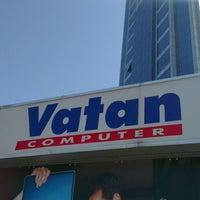 Photo taken at Vatan Bilgisayar by ÇaĞLaR G. on 6/2/2012
