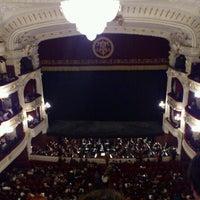Das Foto wurde bei Teatro Municipal de Santiago von Juan Manuel T. am 5/11/2012 aufgenommen