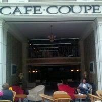 5/12/2012 tarihinde Ufuk Ç.ziyaretçi tarafından Coupe Lunch Pub'de çekilen fotoğraf