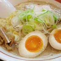 Photo taken at Ramen Nagayama by くわ on 2/2/2012