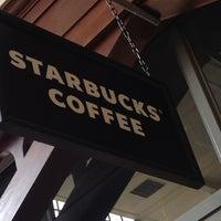 Photo taken at Starbucks by Magnus N. on 9/12/2012