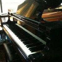 Photo taken at บ้านเปียโนพอเพียง by jennise A. on 5/6/2012
