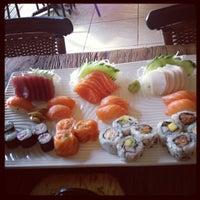 Foto tirada no(a) Kaizen Japanese Food 改善 por Cacá : ) em 7/26/2012