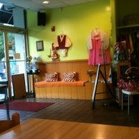 Photo taken at Han-Wool Korean/Japanese Fusion Restaurant by Kat on 7/6/2012