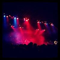 Photo taken at Hampton Beach Casino Ballroom by Kyle D. on 5/12/2012