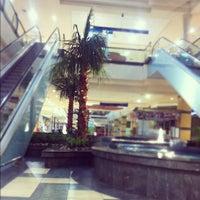 Foto tomada en Mall Florida Center por Cristhofer C. el 7/3/2012