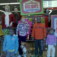 Photo taken at Old Navy by Robbie D. on 11/28/2011