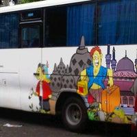 Photo taken at Joglo Semar Executive Shuttle Bus-Semarang by stephoe a. on 1/24/2012