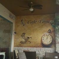 12/7/2011 tarihinde Gökhanziyaretçi tarafından Cafe Time'de çekilen fotoğraf
