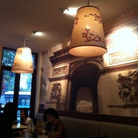 Photo taken at Paris Deli by Viver Para Comer on 1/17/2012