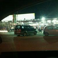 Photo taken at Oski Supermarket by Rosmani Z. on 9/30/2011