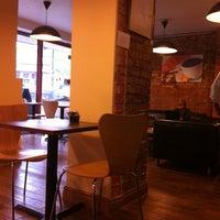 Foto diambil di Rick's Café oleh Tobias R. pada 8/18/2011