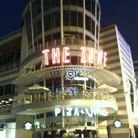 Снимок сделан в The Zone @ Rosebank пользователем Christoph B. 1/21/2012