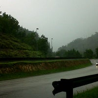 Photo taken at Rest Stop Bkt Tinggi by Ainol A. on 9/15/2011