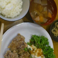 Photo taken at わらじや 京橋店 by Haruko J. on 7/19/2012
