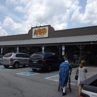 Photo taken at Cracker Barrel Old Country Store by Susan G. on 5/12/2012