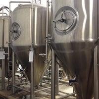 Photo prise au Buffalo Bayou Brewing Co. par Nathan M. le8/26/2012
