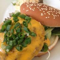 Das Foto wurde bei Café.Restaurant Halle von Dimitris S. am 8/3/2012 aufgenommen