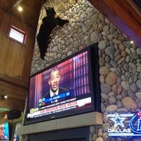Das Foto wurde bei Twin Peaks Restaurant von AlmostVeggies.com am 7/3/2012 aufgenommen