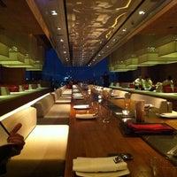 Foto tirada no(a) Long Table por Desmond W. em 5/10/2012