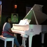 Photo taken at ร้านเปียโน by ῤởя ʚ. on 9/2/2011