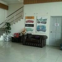 Photo taken at Isella Sofa Design Sdn Bhd by Siak Hong K. on 5/14/2011