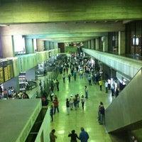 3/18/2012 tarihinde Silvana F.ziyaretçi tarafından Terminal Nacional'de çekilen fotoğraf