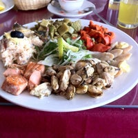 Photo taken at La Barca by Rodrigo B. on 2/17/2012