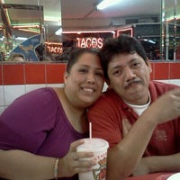 Photo taken at Tacos El Unico by Denisse M. on 8/14/2011