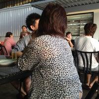Photo taken at ร้านอาหาร เจ้ อร by ภาคิน on 8/12/2012
