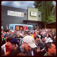 Photo taken at Portland Fruit Beer Festival #pfbf17 by Trent on 6/9/2012