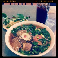 Photo taken at Pho Hoa by Jimmy Q. on 11/3/2011