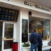 Photo taken at Eis-Bäckerei by Jan P. on 6/17/2012