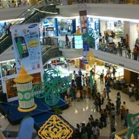 Photo taken at Solo Square by Hengky D. on 9/12/2012