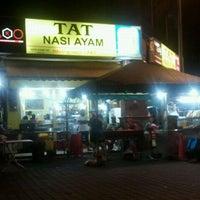Photo taken at Tat Nasi Ayam by Faiz on 10/13/2011