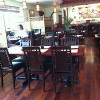 Foto tomada en Nori Sushi por Chris K. el 6/10/2011