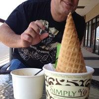 Photo taken at Simply Yo Self Serve Frozen Treats by Kristen T. on 3/14/2012