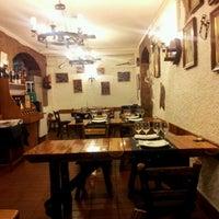 Foto tomada en La Taberna de Lesseps por Pitu M. el 12/17/2011