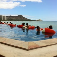 Photo taken at Sheraton Waikiki - The Edge of Waikiki Bar by Kelly M. on 8/24/2011
